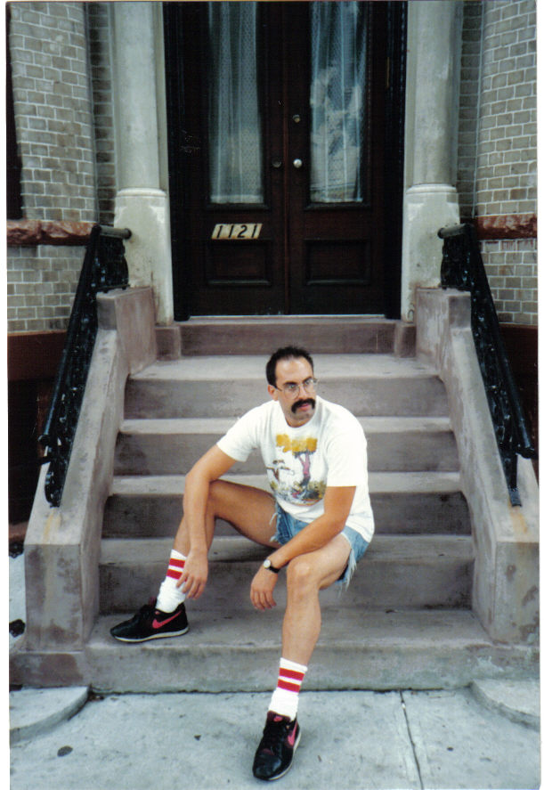 freddy mercury waiting for the parade
